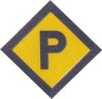 P Kennzeichen eines polnischen Zwangsarbeiters
